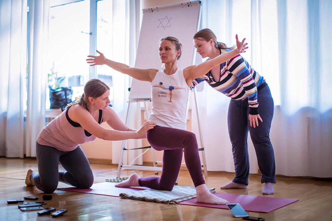 Йога для беременных астана